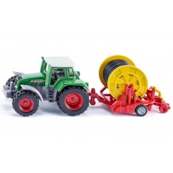 Traktor Fendt z deszczownią szpulową SIKU