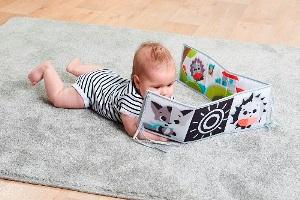 Książeczka interaktywna Tiny Love
